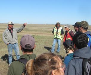 Neal presenting at the Grassland Restoration Forum Range health training day